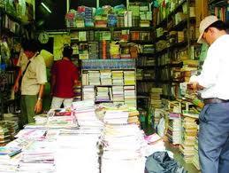 Hà Việt Hùng : Bán sách cũ