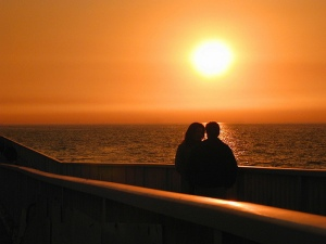 lovers_on_the_beach