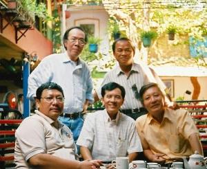 huynh_nhu_phuong_va_ban_huu-2010