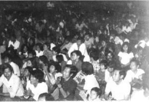 khan_gia_hat_cho_nguoi_ti_nan_fort_chaffee-1975