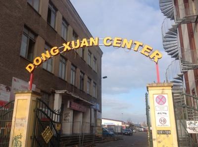 cong_chinh_cho_dong_xuan_berlin