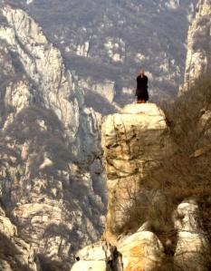 monk_on_mountain