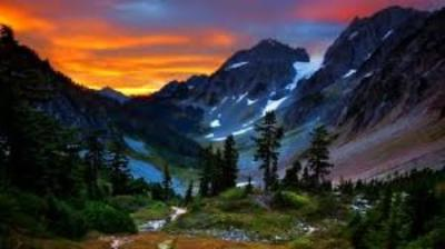montain_snow_sunset