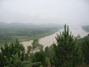 song_huong_nhin_tu_doi_vong_canh