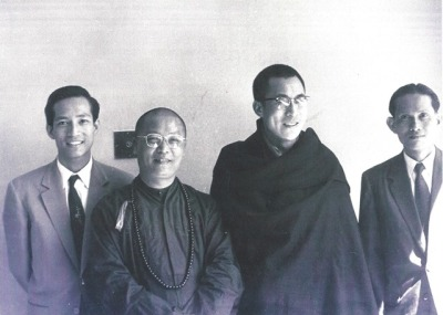 dalai_lama-vn_delegates